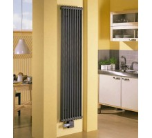 Радиатор трубчатый Zehnder Charleston 2180 вертикальный нижнее подключение ТВВ, чёрный